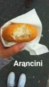 Croqueta de pasta de arroz con parmesano
