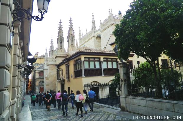 Calle Oficios, desde donde se aprecia parte de la catedral