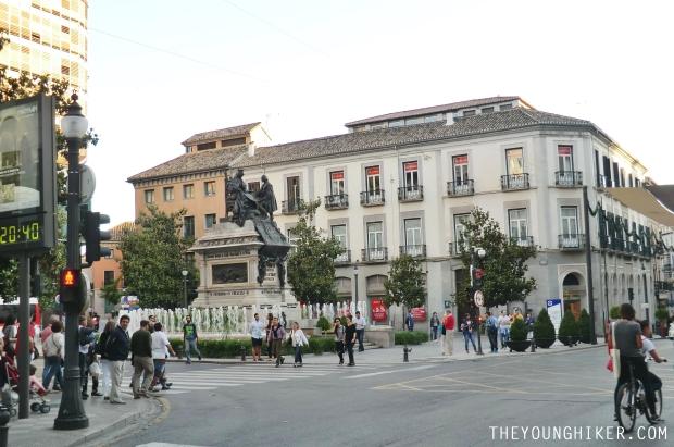 Plaza Isabel la católica en Granada