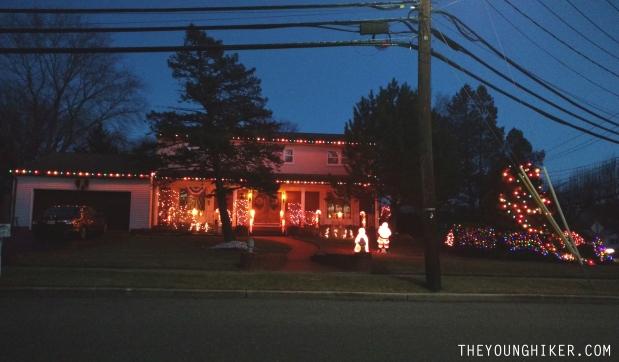 Decoración navideña en un barrio de Nueva Jersey